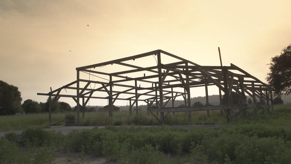 Lake Sonoma 50 - barn
